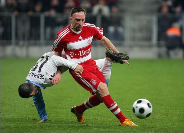 Il a été élu en 2007 et 2008 excellent joueur allemand, c'est ... .
