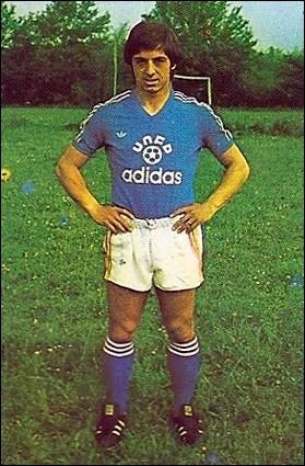 Avec son mètre 63 il a été élu en 1982, 1983 et 1987 et a été champion de France avec Bordeaux 2 années de suite, c'est ...