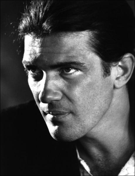 Souvent filmé par Pedro Almodovar... qui est cet acteur espagnol ?