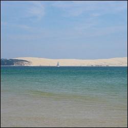De quel cap peut-on distinguer la dune du Pilat (ou Pyla) ?