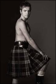 Viril en kilt, il a été à l'écran l'amoureux de Jim Carrey comme celui de Renée Zellwegger, cet écossais...