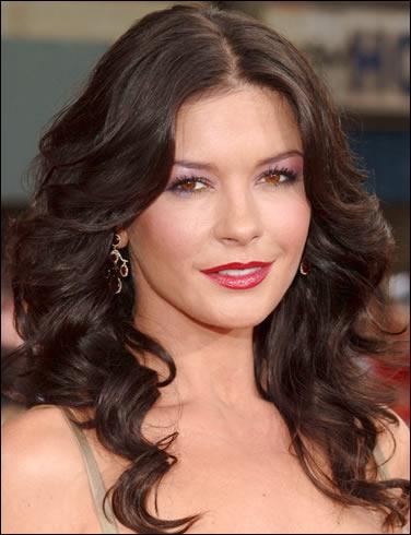 Lors de la 68e cérémonie des Golden Globes, Catherine porte une robe ...
