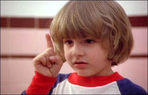 Comment s'appelle le 'petit garçon qui parle dans la bouche' du fils de Jack ?