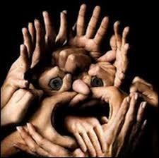 ''Jeux de mains, jeux de --------------.''