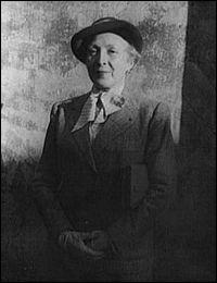 Peintre et graveur, son oeuvre est composée de nombreux portraits de femmes. Picasso lui présenta Guillaume Apollinaire en 1907. Ils eurent ensemble une liaison passionnelle.