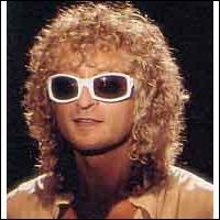 Avec ses éternelles lunettes, Michel Polnareff aurait plutôt un côté insecte. Mais il ne s´est jamais pris pour...