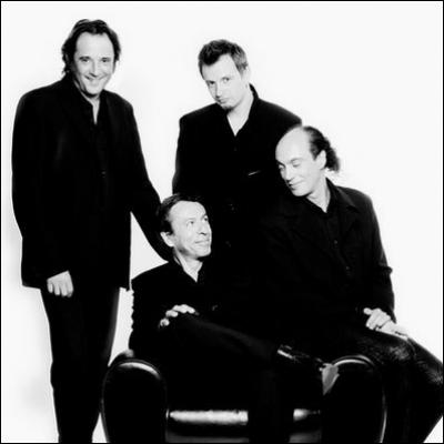 Dans les années 90, le groupe Pow Wow a connu le succès en chantant a cappella : ''Moi vouloir être ---------''