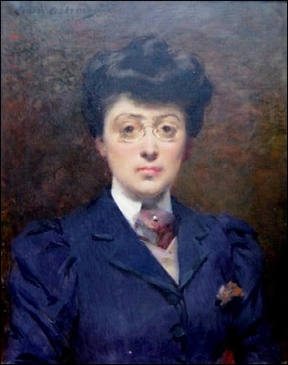 Peintre française de la Belle Époque, elle eut un grand succès grâce à un portrait de Sarah Bernhardt, son amie intime. De qui est cet autoportrait ?