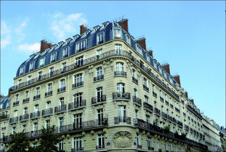 La France et l'habitat : en France il est interdit par la loi de louer un logement d'une superficie inférieure à...