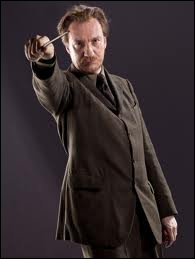 Quel métier exerce-t-il dans le troisième tome des aventures de Harry Potter ?