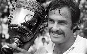 Qui est devenu n°1 mondial en 1974 ?