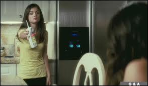 Dans l'introduction, quelle est la dernière phrase que dit Ghostface à Sherrie avant qu'elle passe le téléphone à Trudie ?
