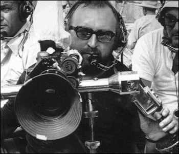 Quel réalisateur italien s'est occupé du tournage de ce film ?
