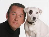 De quelle race est Adeck, le chien qui accompagne souvent Christophe Dechavanne sur les plateaux de télévision ?