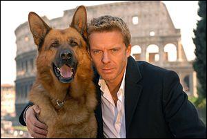 Quel chien-commissaire est le héros d'une série policière allemande des années 90 ?