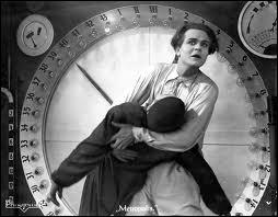 Dans le film : 'Métropolis', qui est 'Freder', interprété par Gustav Fröhlich ?