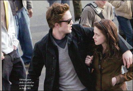Que dit Bella quand Edward dit : 'Ce n'est qu'un modeste cottage' ? (chapitre 24)