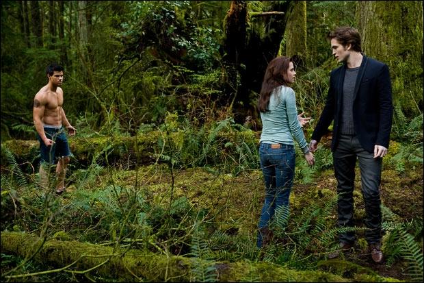 Quand Jacob teste Bella après sa chasse, que dit Edward ? (chapitre 22)