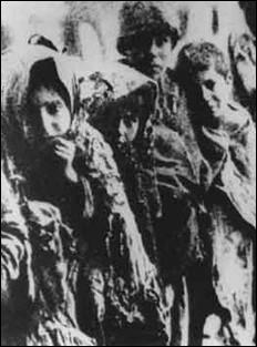 Entre quelles dates le génocide arménien par les Turcs a-t-il, quant à lui, eu lieu ?