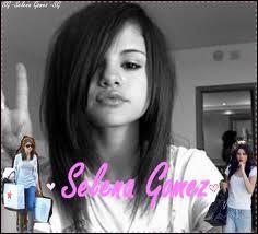 Selena est née...