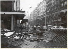 Quelle organisation terroriste favorable à l'Algérie française a commis une série d'attentats en Algérie et en métropole ?