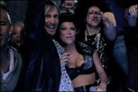 Quel est le titre de David Guetta auquel ils participent en 2010 ?