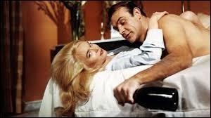 Quelle est la marque de champagne préférée de James Bond ?