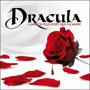 En septembre 2011, a été mis en scène le nouveau spectacle de Kamel Ouali : Dracula, l'amour plus fort que la mort . Quelle est la particularité de ce spectacle ?