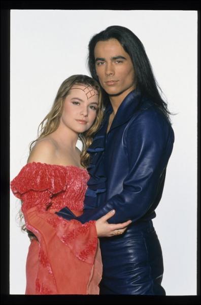Comment se termine le spectacle 'Roméo et Juliette' ?