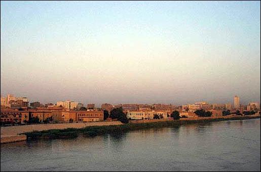 Quel fleuve baigne la ville de Bagdad ?