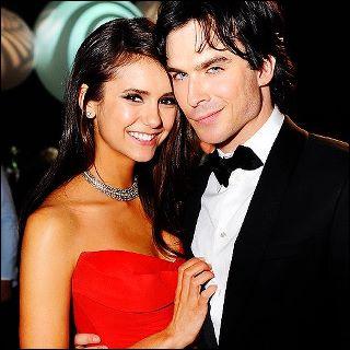 Comment s'appelle la meilleure amie d'Elena qui, elle, est une sorcière ?