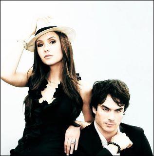 Comment s'appelle le père biologique d'Elena ?