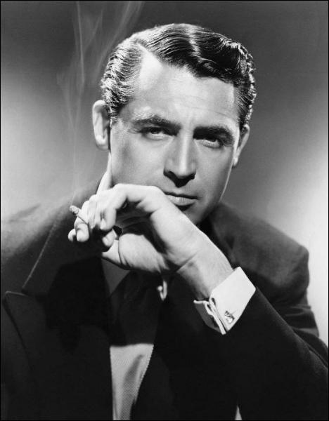 Il a joué entre autres dans plusieurs films d'Hitchcock et son look soigné a inspiré le personnage de James Bond à Ian Fleming. Qui est-ce ?