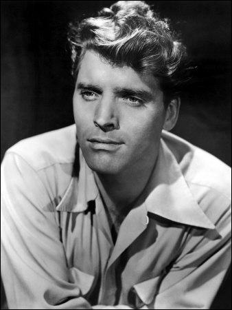 Cet acteur et réalisateur américain a joué dans des monuments du cinéma, comme 'Le guépard' de Visconti. Qui est-ce ?
