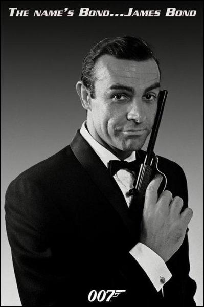 Qui est cet acteur archi connu pour ses rôles dans les films James Bond ?