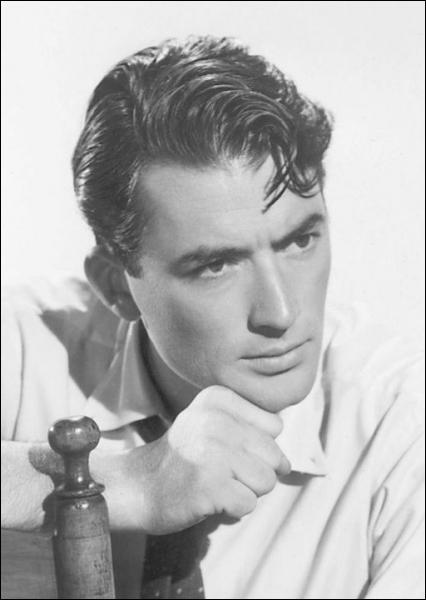 Gantleman dans la vie comme à l'écran, il a joué dans des films d'aventure comme 'Duel au soleil' ou 'Moby Dick'(1956). Qui est-ce ?