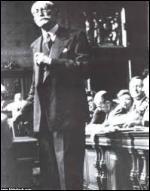 Dans quelle ville s'est tenu le 19 février 1942 le procès de Léon Blum (Président du Conseil du Front populaire) et d'Edouard Daladier (Président du Conseil de 1938 à 1940) qui a permis à Pétain de régler ses comptes avec les dirigeants de la IIIe République, jugés par le régime collaborationniste comme responsables de la défaite de 1940 ?