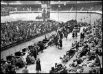 La police française a participé activement à la rafle du Vel'd'hiv le 16 juillet 1942 où plus de 13 000 juifs furent déportés à Auschwitz. Dans quel camps d'internement de la région parisienne devaient-ils transiter avant d'être envoyés à la mort ?