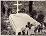 Où la tombe du maréchal Pétain se trouve-t-elle ?