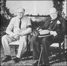 Sous quel nom est connue la déclaration solennelle de Churchill et Roosevelt en 1941 ? Elle jette les bases de la future coopération économique et militaire entre le Royaume-Uni et les Etats-Unis .