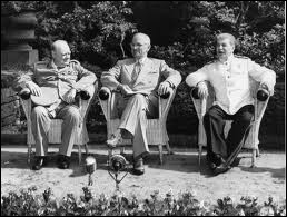 Quel était le but de la conférence de Postdam ( Churchill, Truman et Staline ) juste après la guerre en juillet 1945 ?