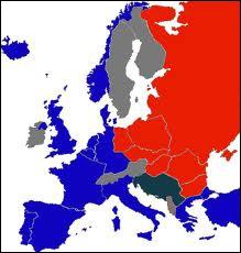 En 1946, Churchill est à l'origine d'une expression imagée marquant la séparation entre ' le monde libre ' et ' l'URSS et le bloc de l'Est '. Quelle est cette expression ?