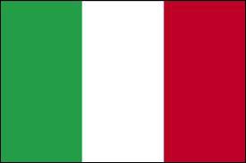 Quel monument se trouve en Italie ?