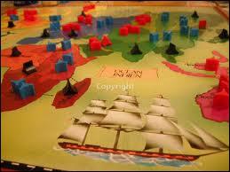 Comment s'appelle ce jeu de stratégie divisé en 42 territoires et 6 continents ?