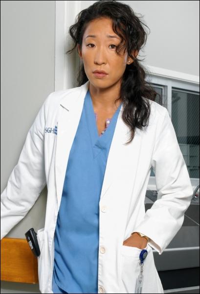 Qui interprète le rôle de Cristina Yang ?