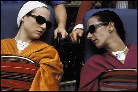Danse, corrida et amour fou pour ce film de Pedro Almodovar (2002) qu'accompagne la troublante voix de Caetano Veloso interprétant « Cucurrucucú Paloma »