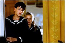 Film d'Ingmar Bergman (1982), chronique (autobiographique ? ) d'une famille de comédiens dans la Suède du début du XXe siècle.