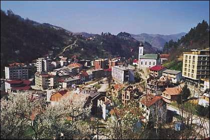 En quelle année s'est déroulé le massacre de Srebrenica ?