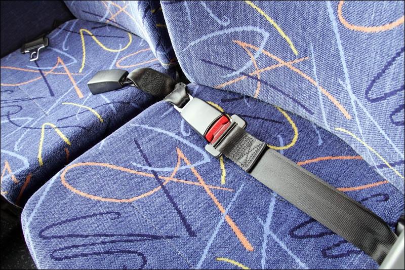 En quelle année le brevet des bretelles protectrices aujourd'hui comme ceinture de sécurité a-t-il été déposé ?