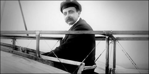 Qui est le premier pilote à avoir traverser la Manche ?
